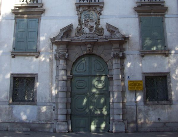 Udine-PalazzoArcivescovilePatriarcale-portale
